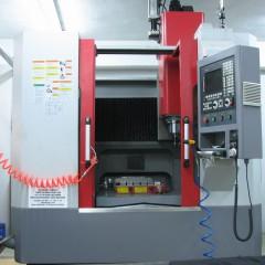 CNC Dik İşleme Tezgahı (700 x 500 x 500)