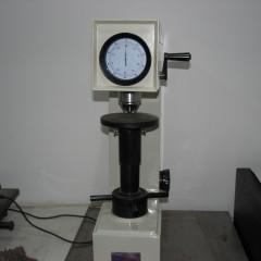 Rockwell ölçüm cihazı